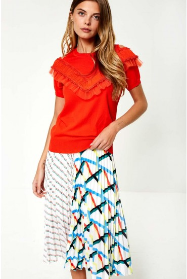 034ff0bba16bb Introduce vibrant colours into your wardrobe with this top from Darling.  Featuring a cold shoulder design