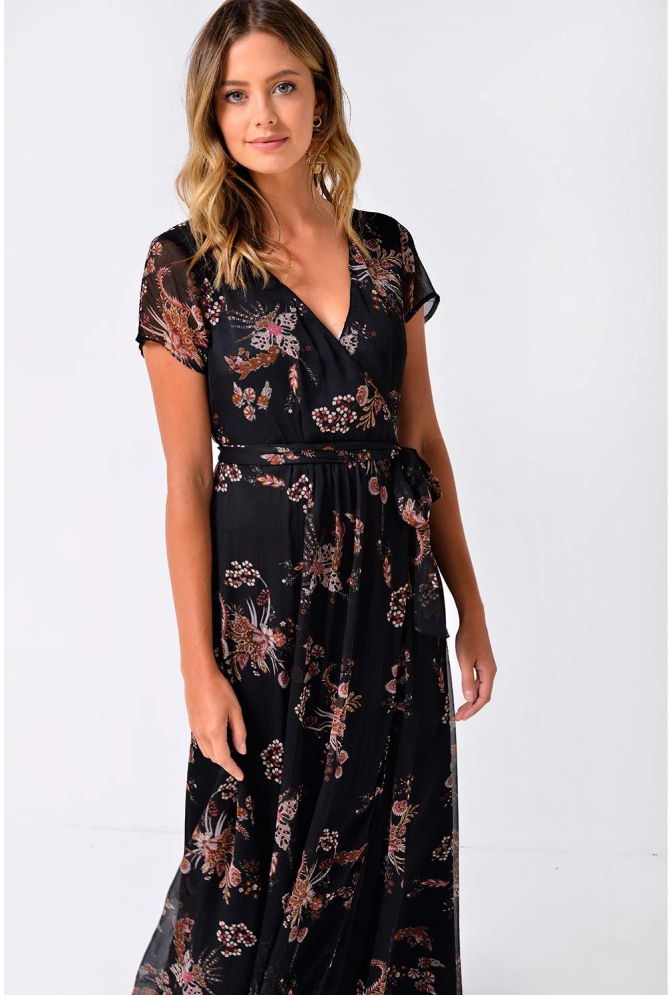 72f1474a33d68 Vero Moda Queen Maxi Dress in Black | iCLOTHING