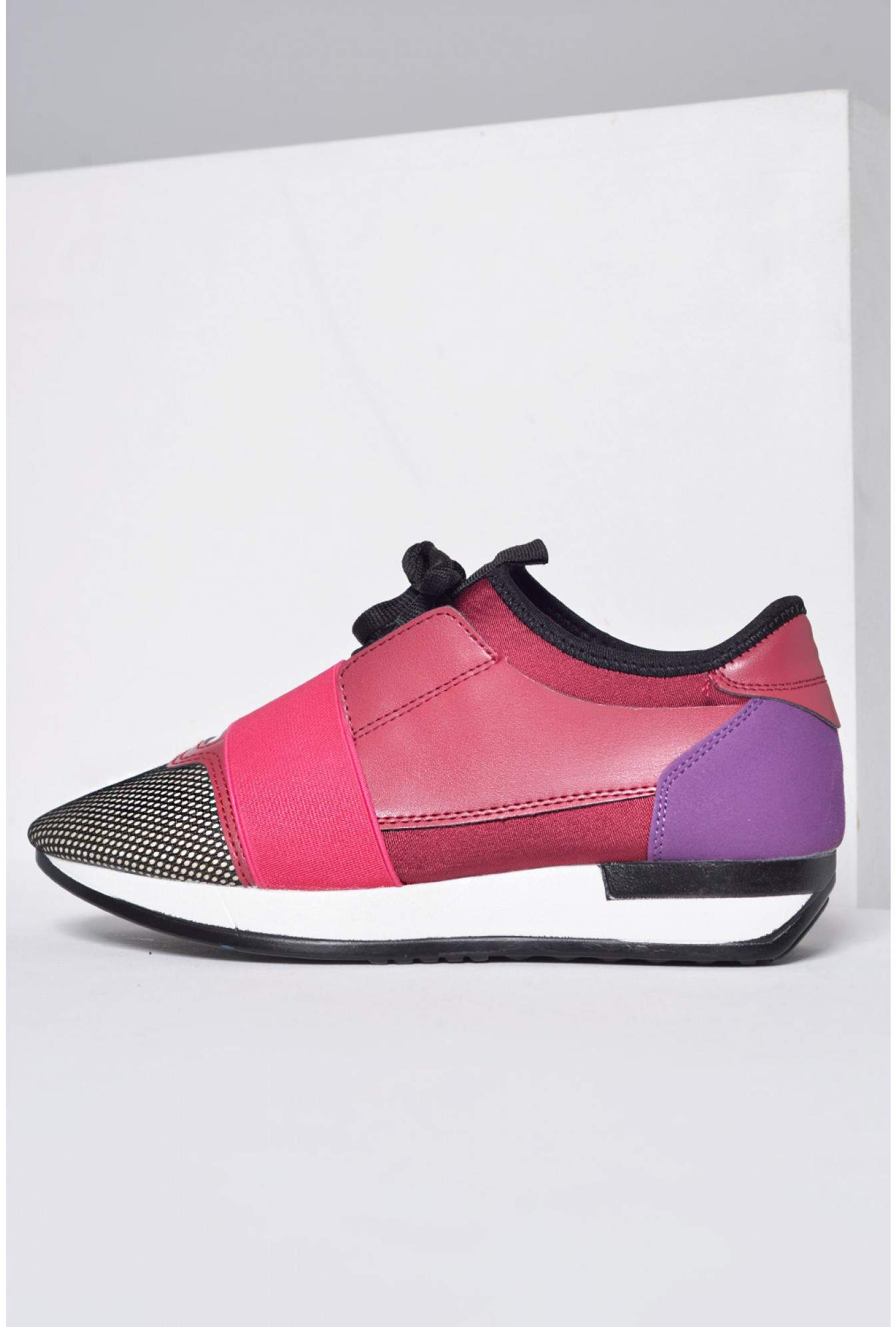 f0fb4d0d905d4c 587 Noelle Trainers in Pink and Purple