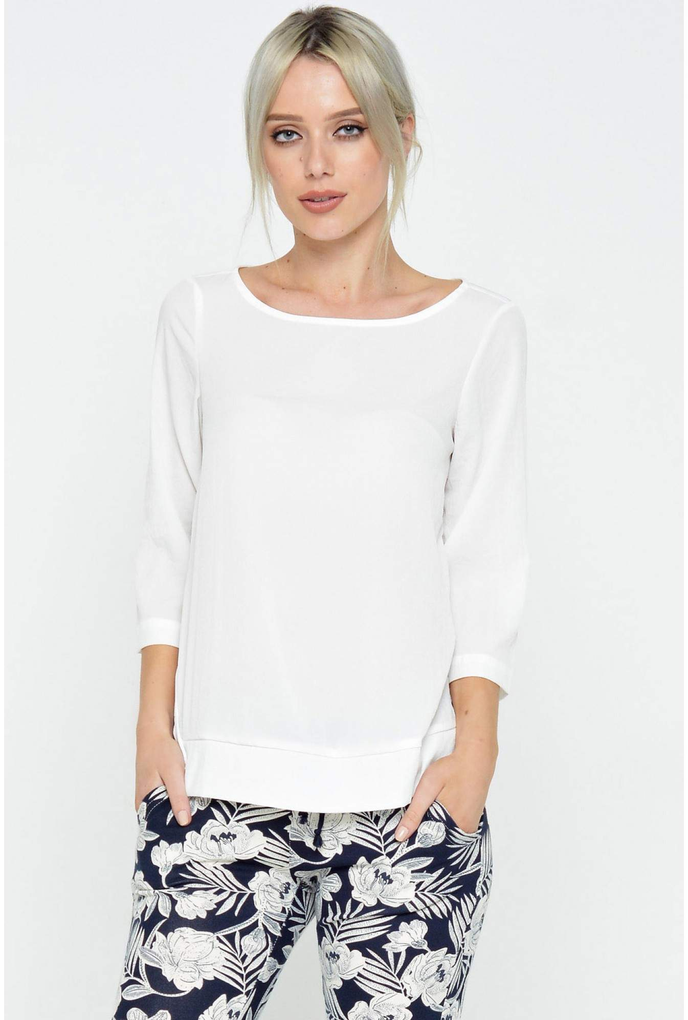 04bbef0c070fcf More Views. Cecilie 3 4 Top in White