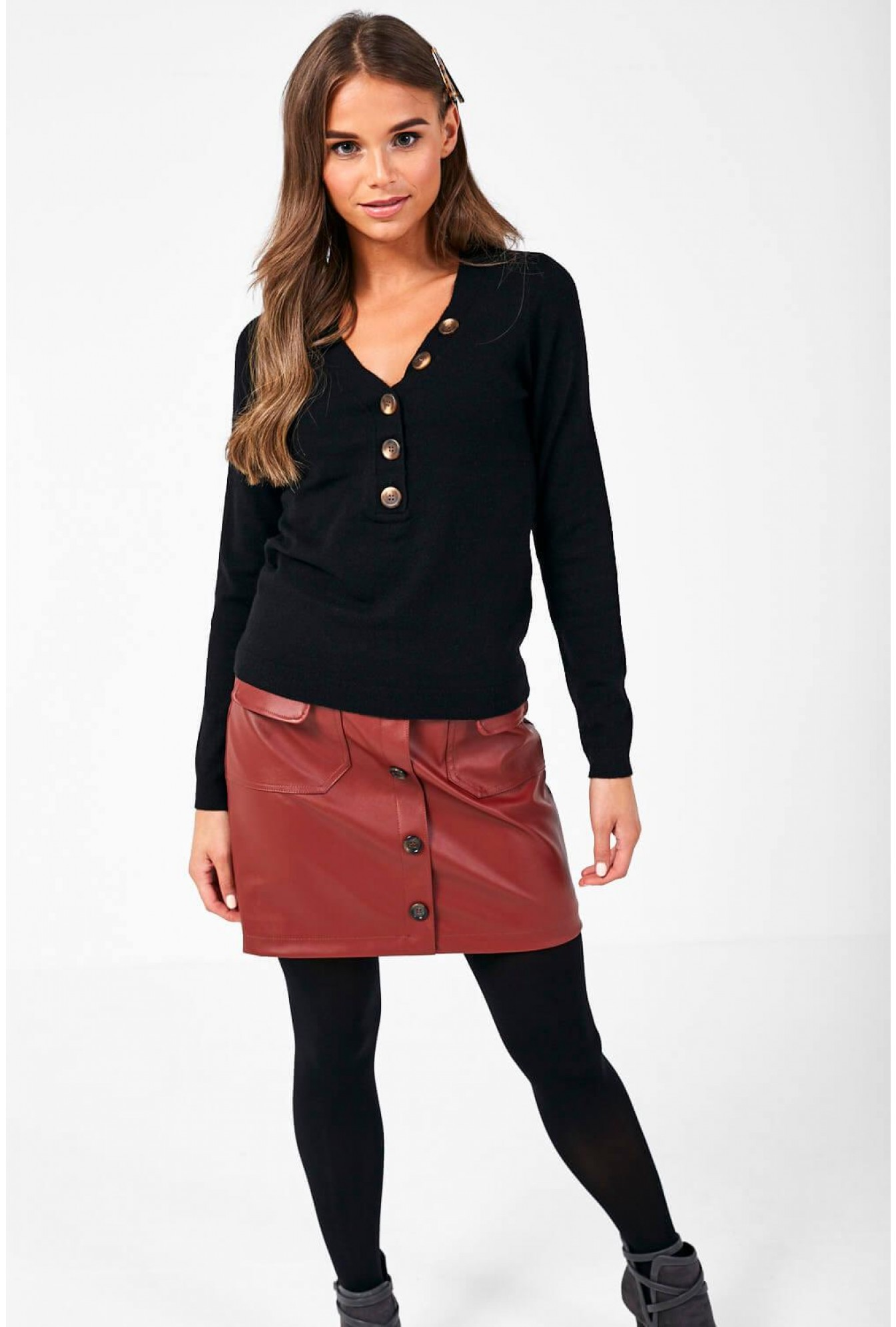 lowest price 37519 1d842 Chip Pullover with Button Detail in Black
