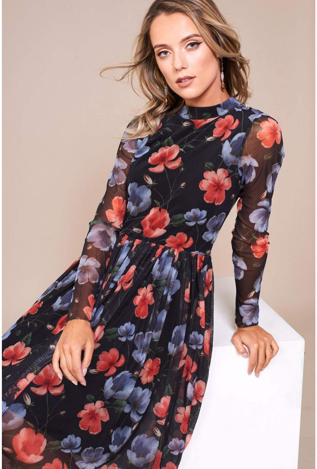 534481336 Stella Irvette Pleated Midi Dress in Black Floral Print   iCLOTHING