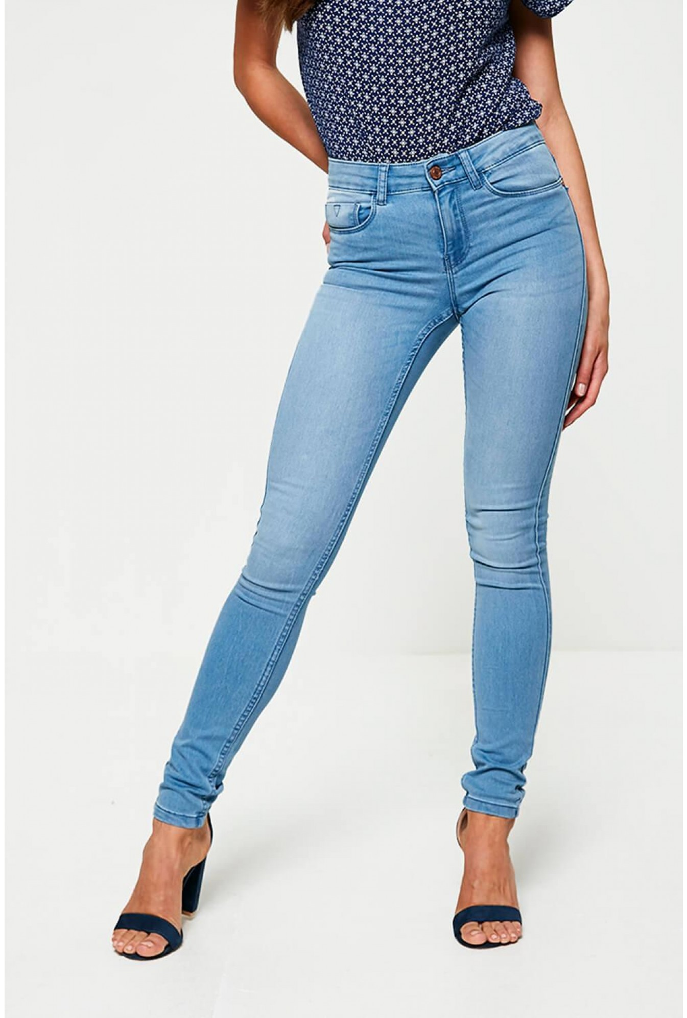 c834ad82190eab Noisy May Extreme High Waist Jeans in Light Blue Denim | iCLOTHING