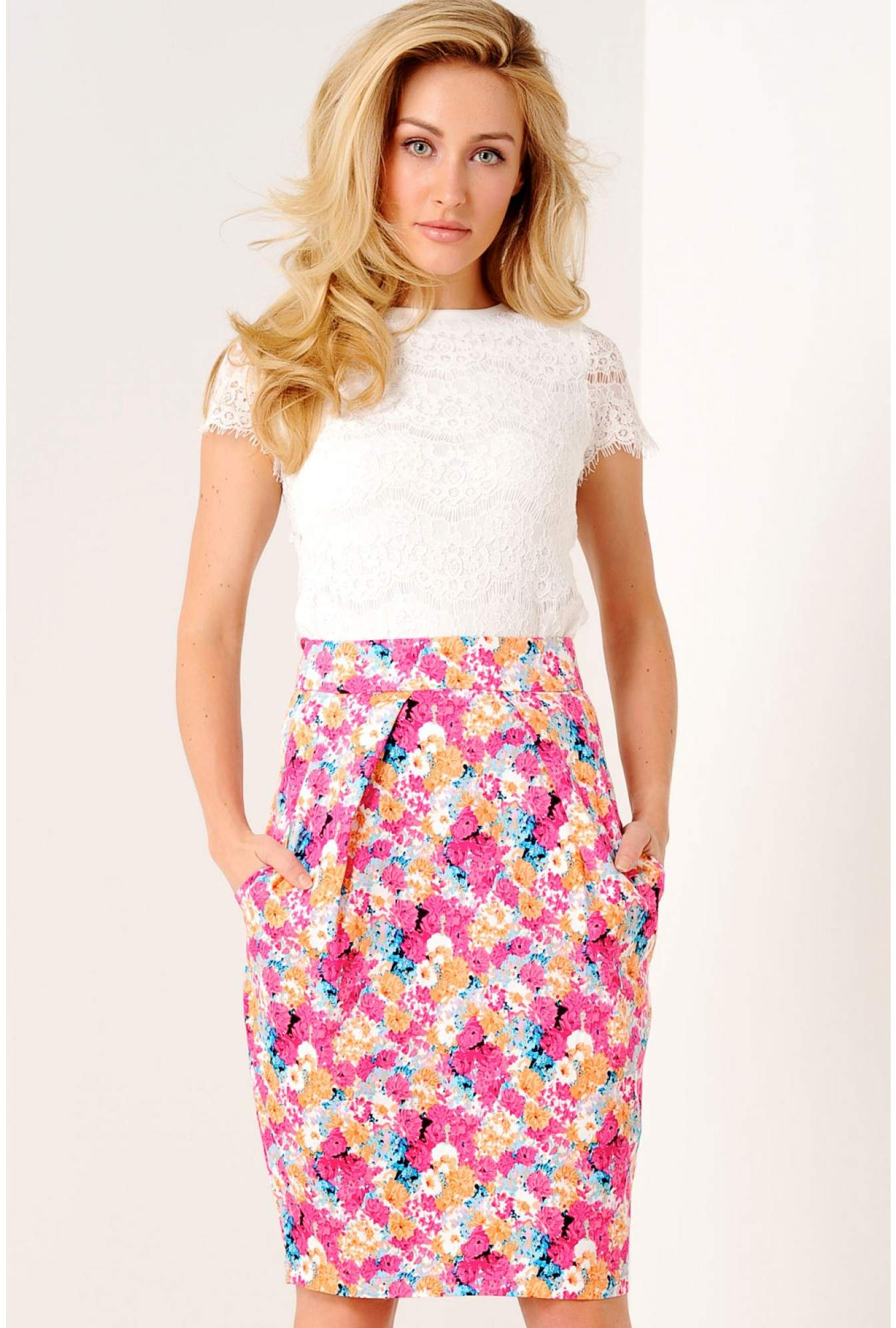 17808e3979 iCLOTHING Trudy Floral Tulip Skirt in Pink | iCLOTHING