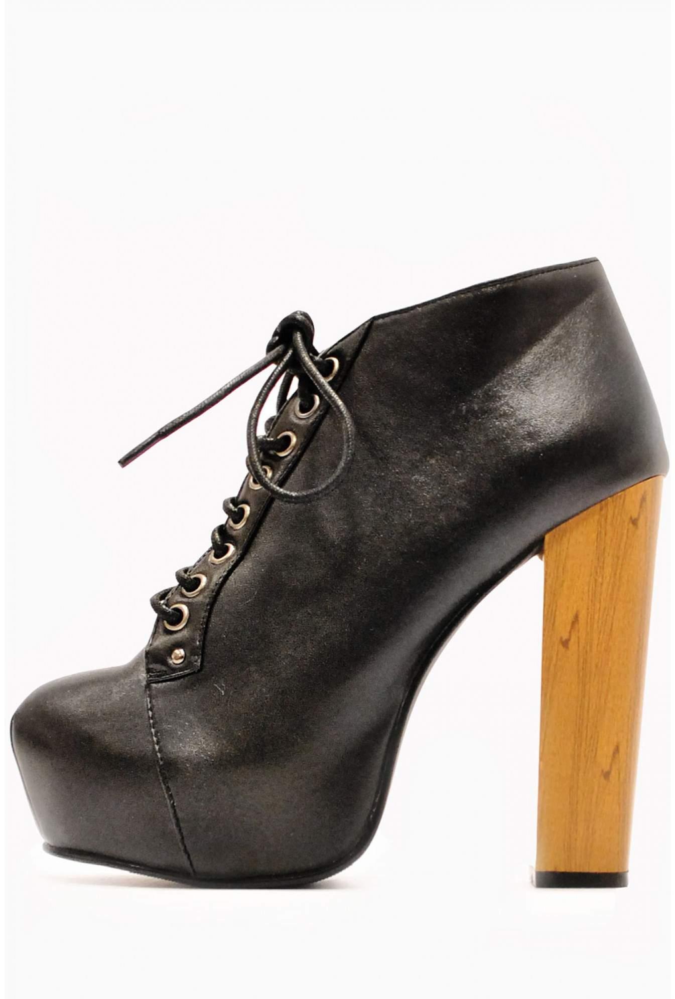Cissy Platform Lace Up Boots In Black