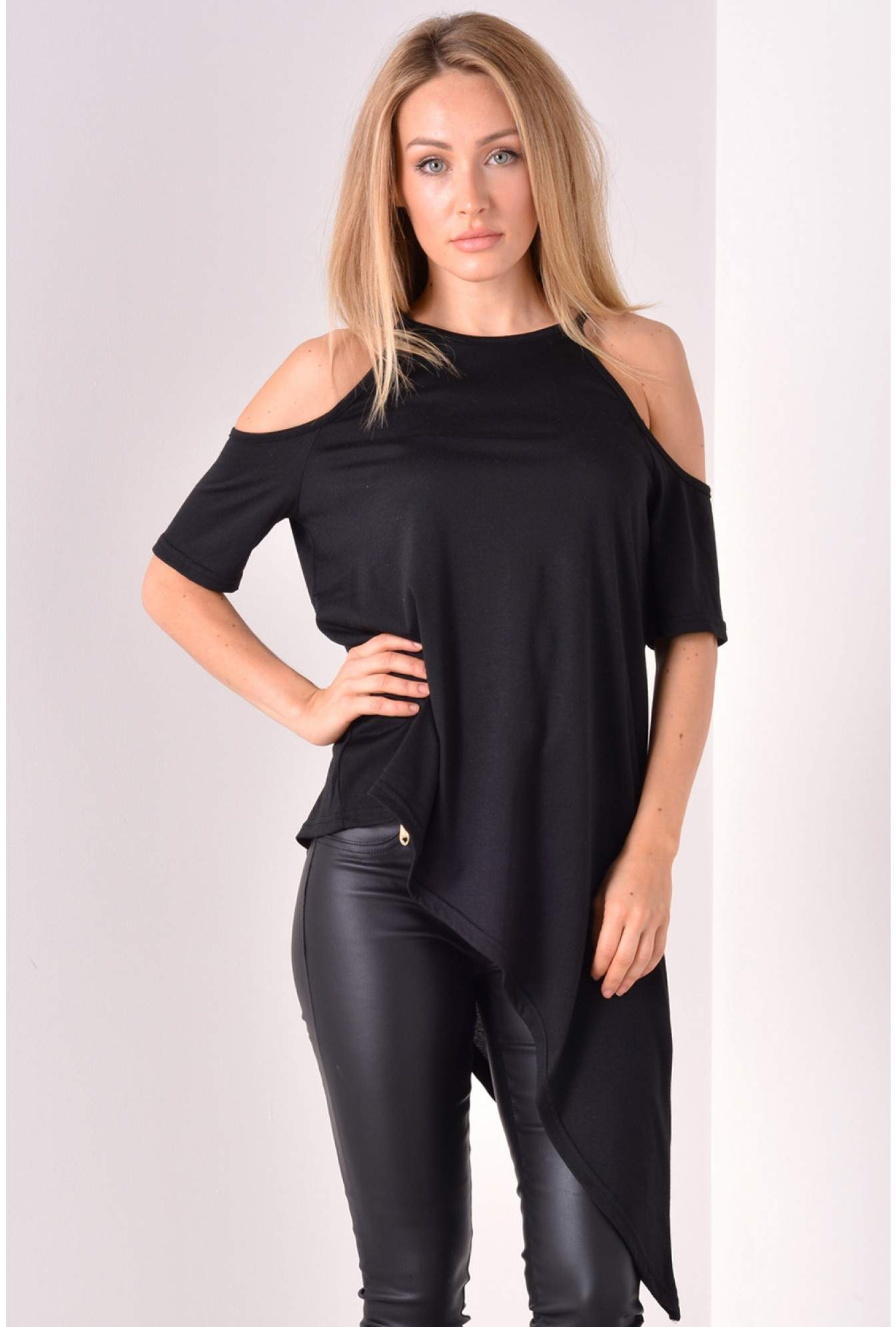 b1615b09ffde1 AX Paris Juniper Cut Out Shoulder Asymmetric Top in Black | iCLOTHING