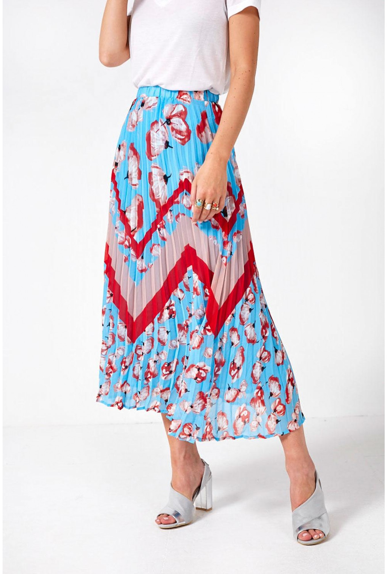 fff979504072 YAS Vamilla Floral Pleated Skirt in Sky Blue | iCLOTHING