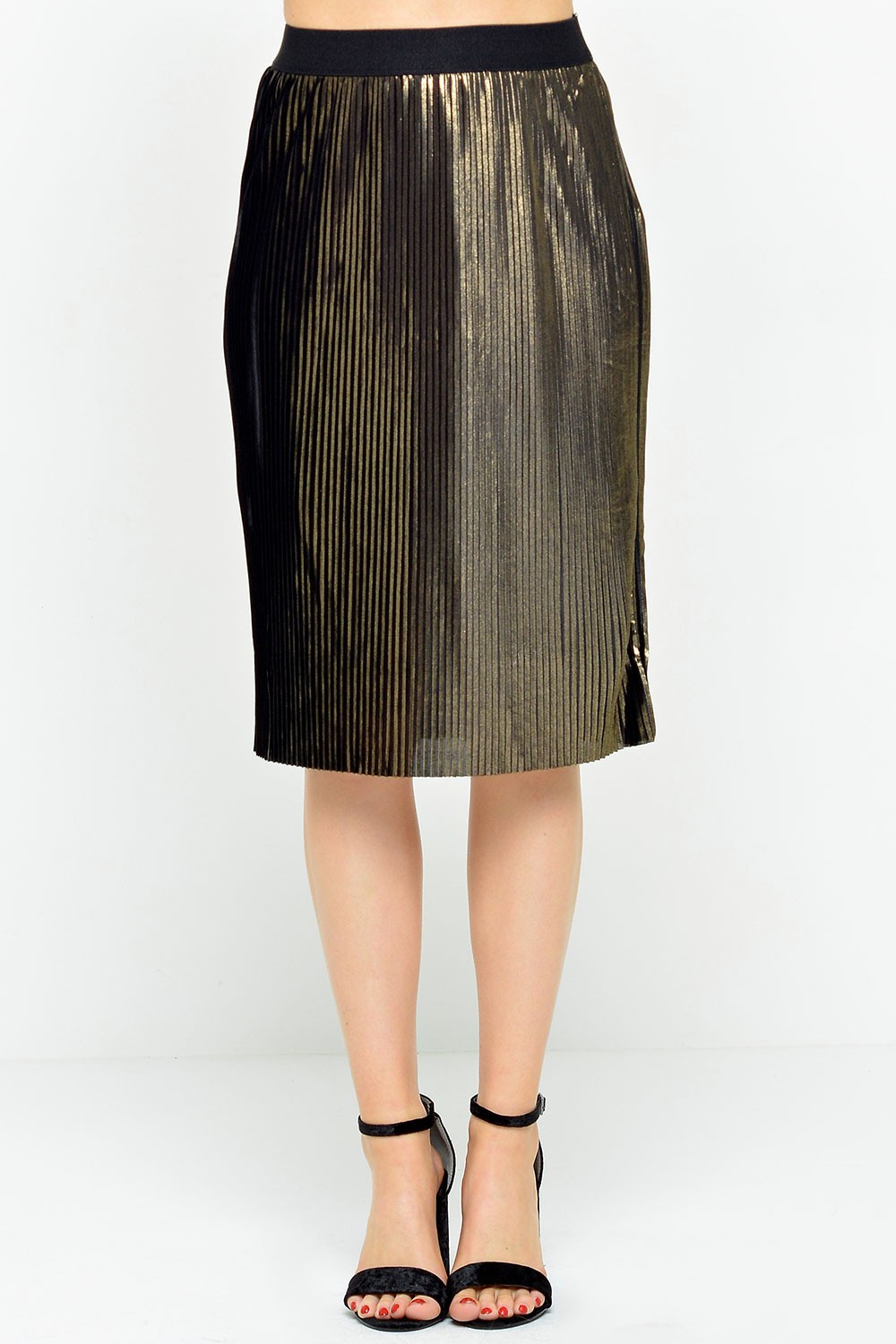 Vero Moda Pleat Skirt in Black and Gold
