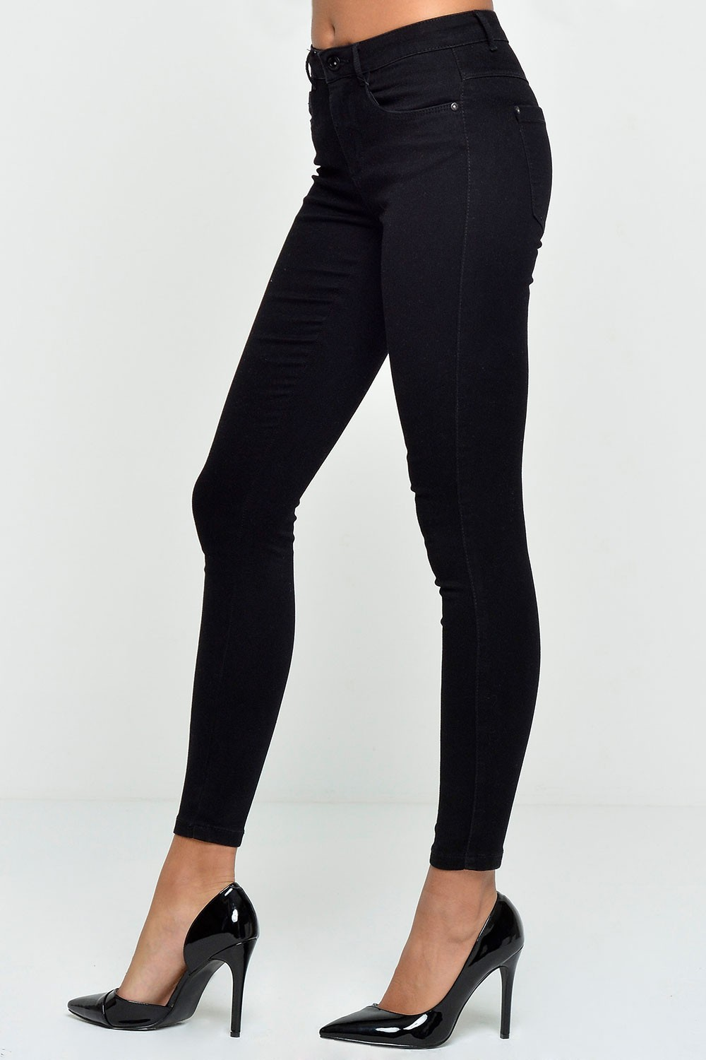 Only Royal Short Length Skinny Jeans in Black | iCLOTHING