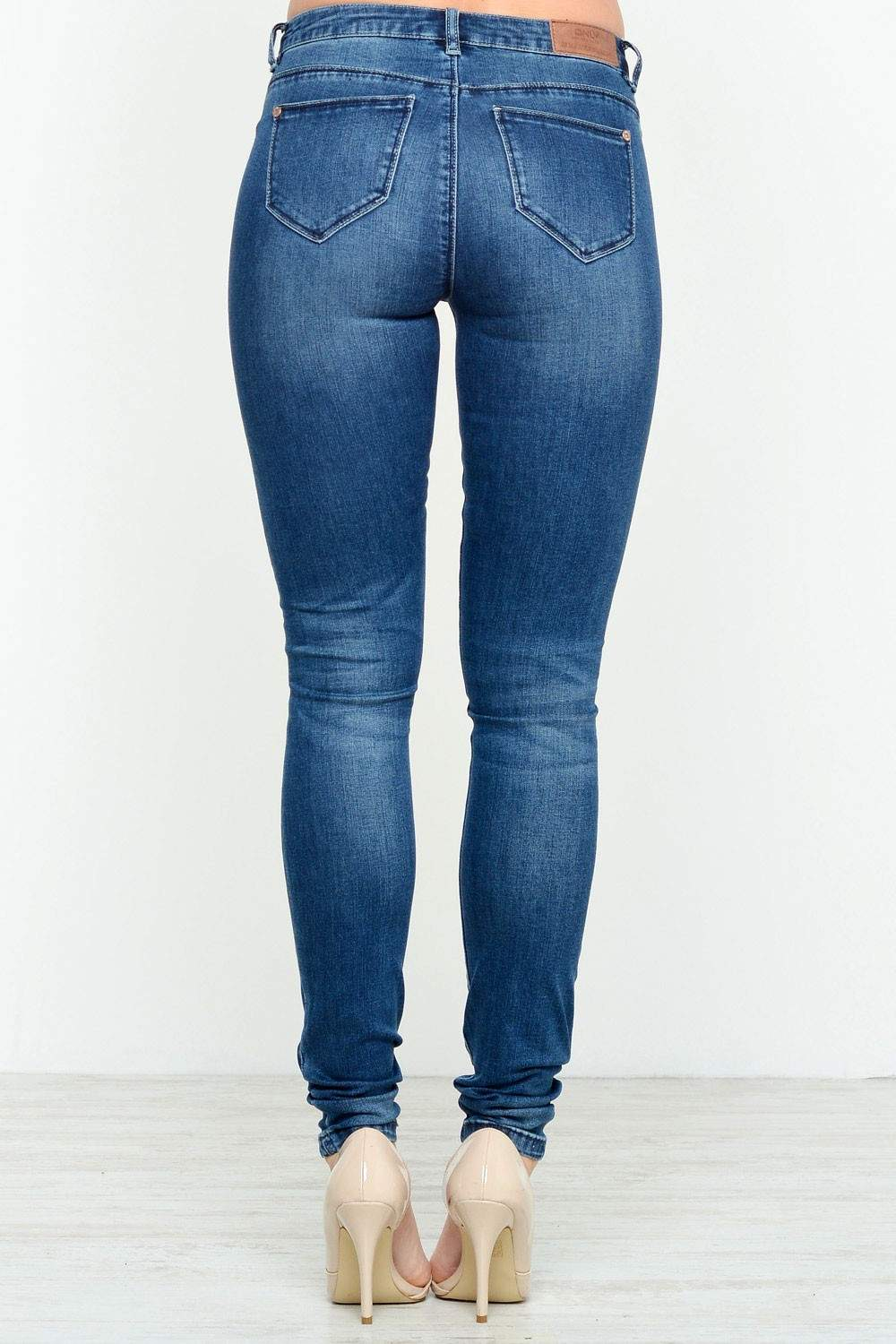 Ridley Skinny Jeans, $32, ASOS Petite This brand has special sections for petite and tall people, so I trust that these jeans are actually made for those of us on the shorter side. 4.
