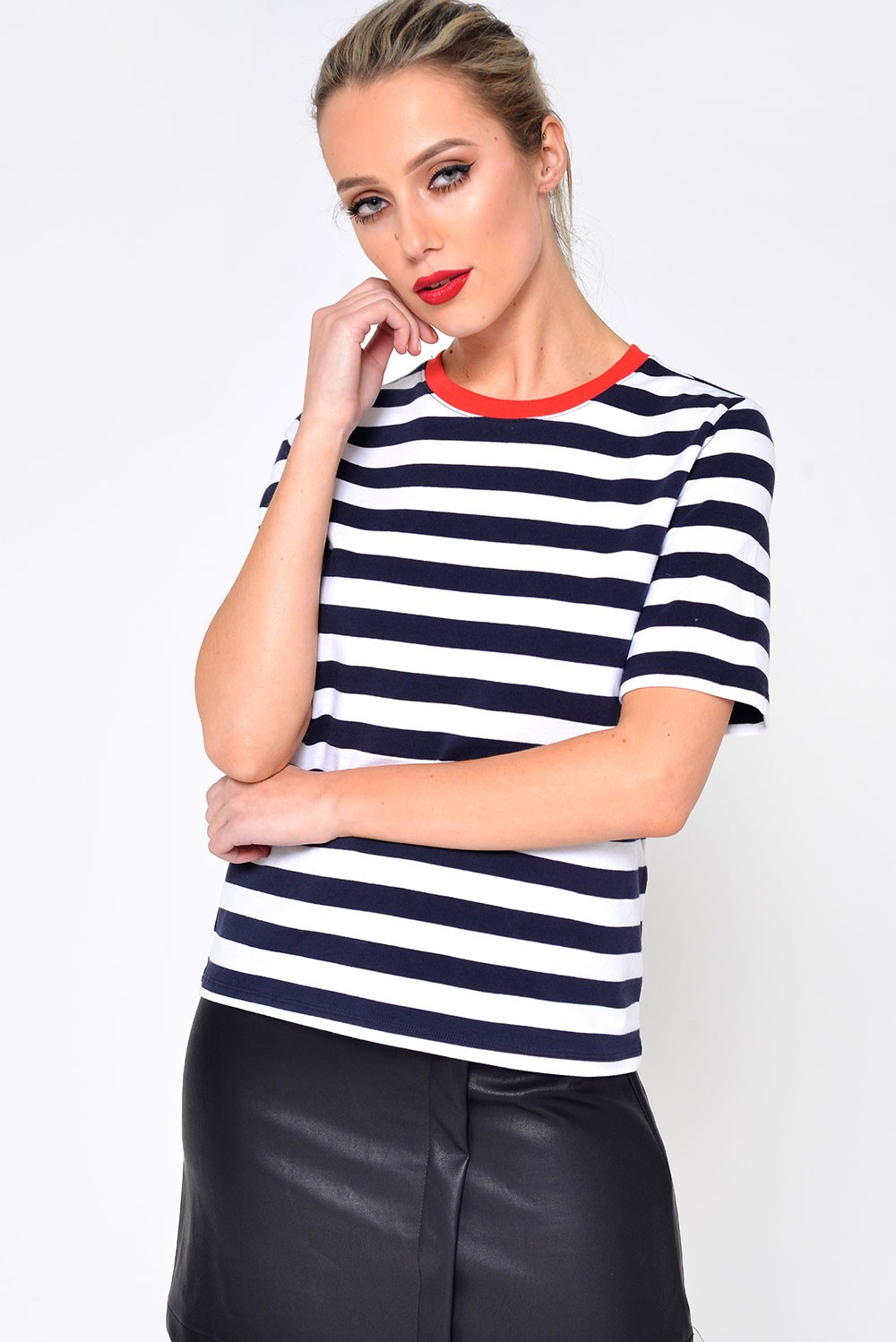 Only live short sleeve striped t shirt in navy iclothing for Navy short sleeve shirt