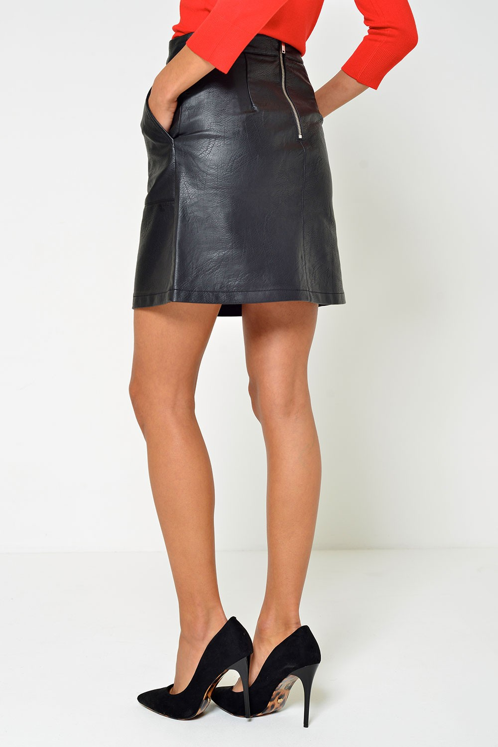 Only Lisa Faux Leather Skirt in Black