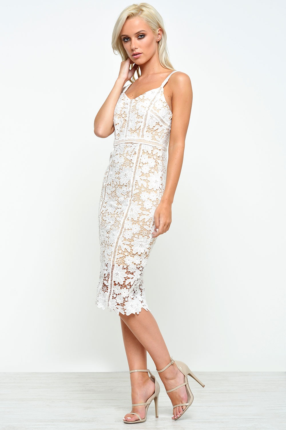 Stella Alana Floral Crochet Bodycon Dress In White Iclothing Tunic