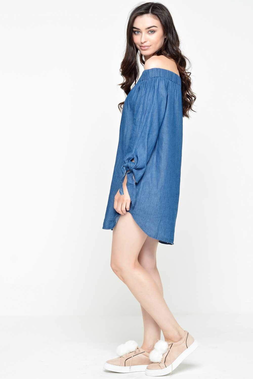 576e4296bcad Moda Carol Off Shoulder Dress in Medium Denim