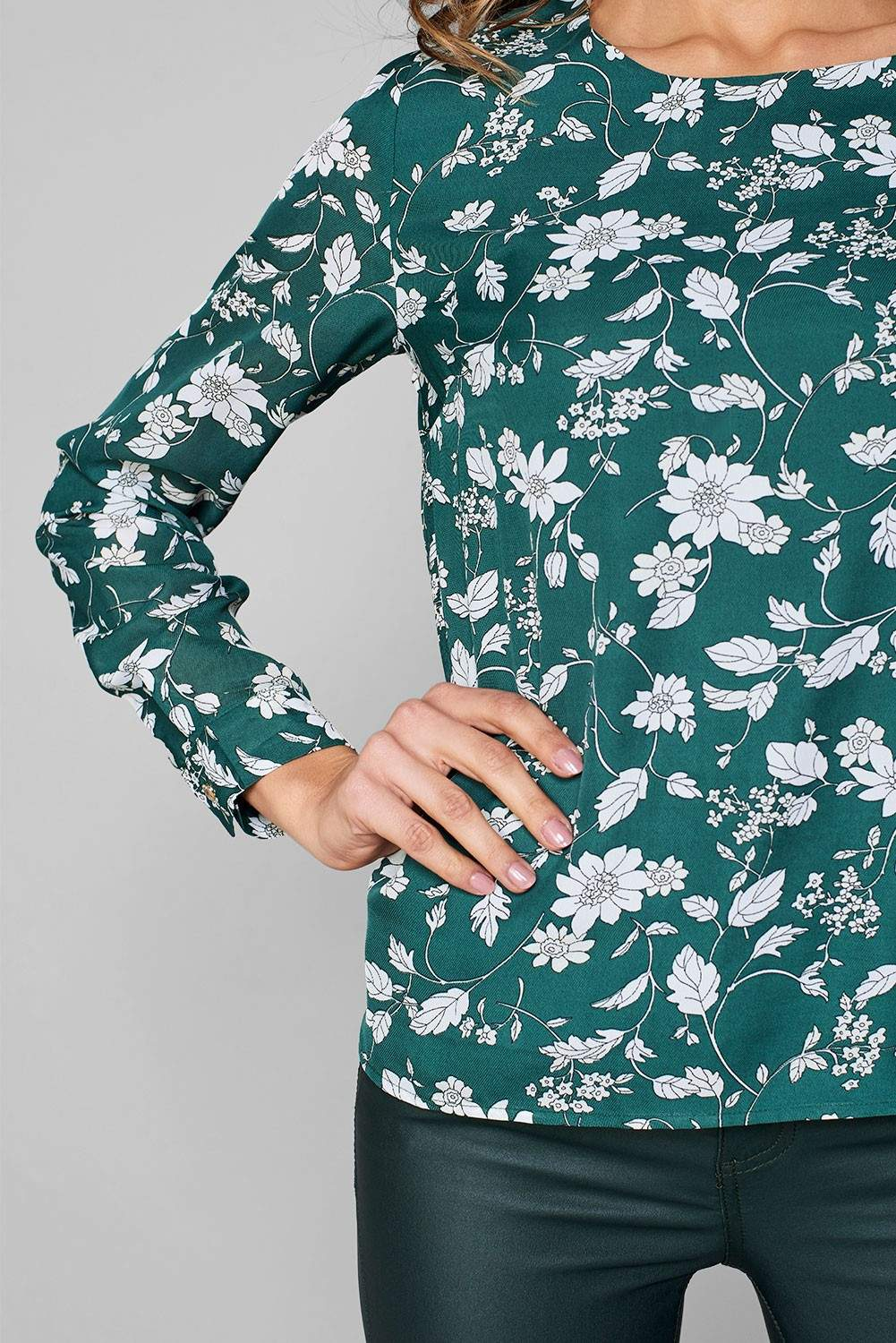 21d8bef3905fa4 More Views. Ruby Long Sleeve Top in Green Floral Print. Saint Maine