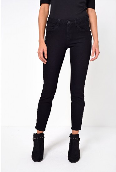 Icon Short Push Up Jeans in Black
