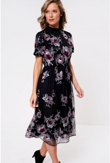 Eonor Embroided Dress in Black