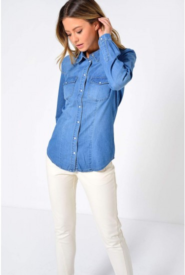 Rock It Fit Denim Shirt in Medium Blue