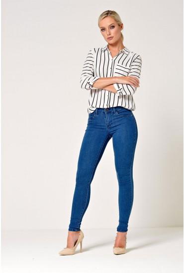 Rain Short Skinny Jeans in Medium Blue