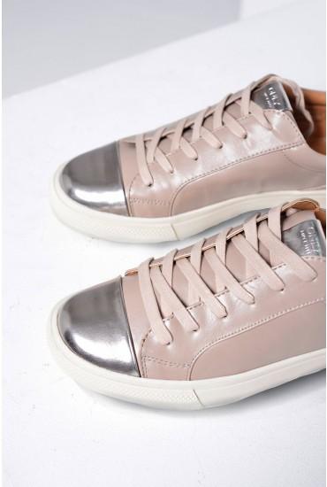 Sira Skye Sneaker in Grey
