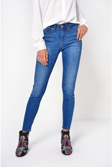 Lucy Short Ankle Jeans in Medium Blue