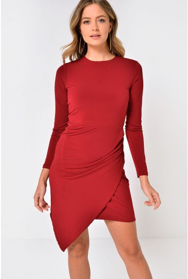 Ria Crew Neck Ruched Midi Dress in Burgundy