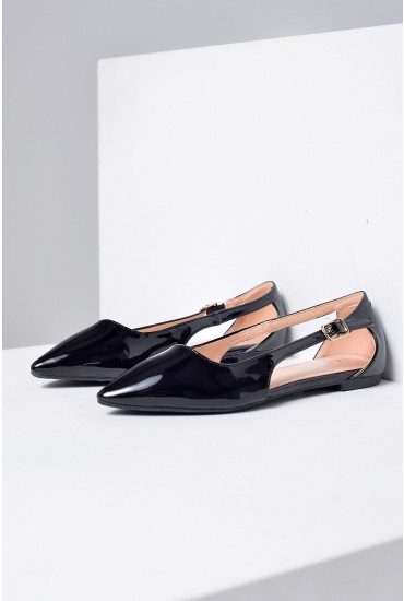 Denise Pointed Flat Shoes in Black
