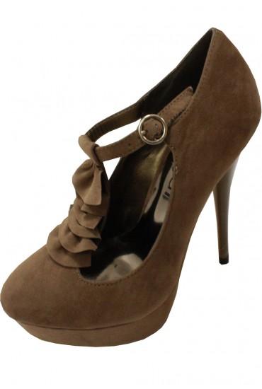Prudie Ruffle Detail Shoe