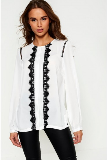 Gabriella Blouse With Lace Detail in White