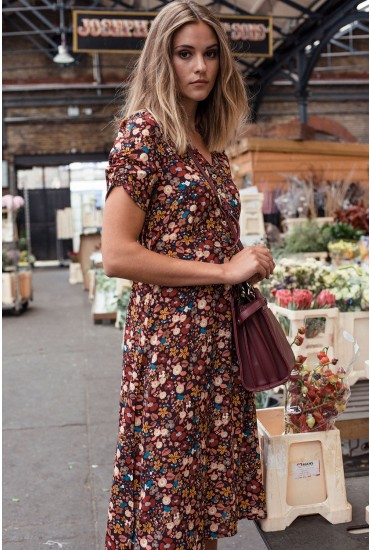 Chantal Floral Print Tea Dress in Wine