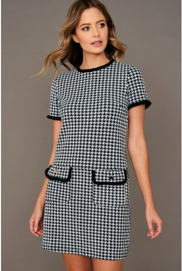 Ruby Shift Dress in Houndstooth
