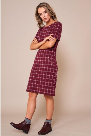Evelynn Check Print Shift Dress in Burgundy