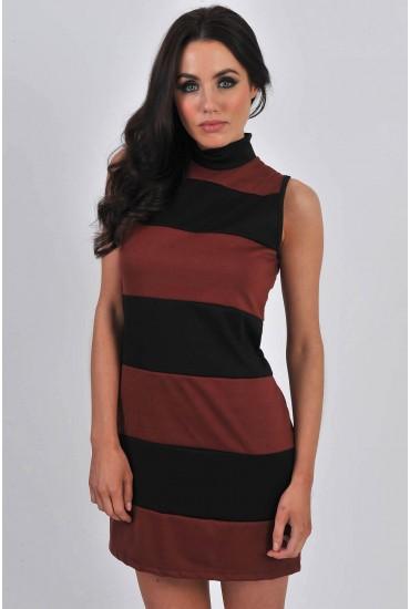 Calista Sleeveless Shift Dress in Rust