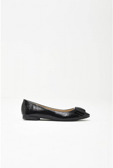 Daphne Bow Pumps in Black