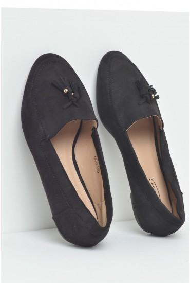 Lola Tassel Loafer in Black Suede