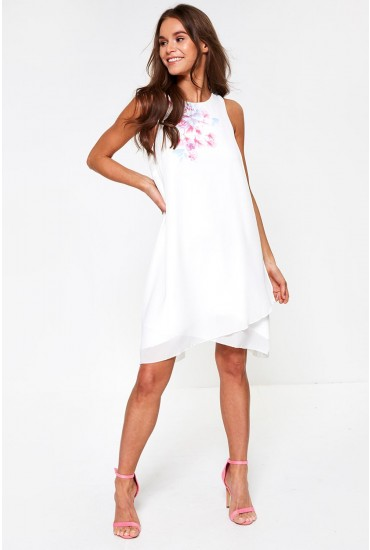 Henna Floral Detailed Dress in White