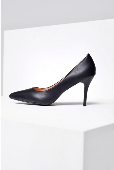 Meghan Pointed Court Shoe in Black