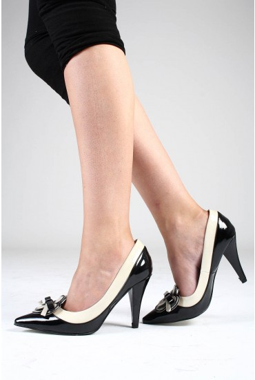 Leonora Pointed Shoe