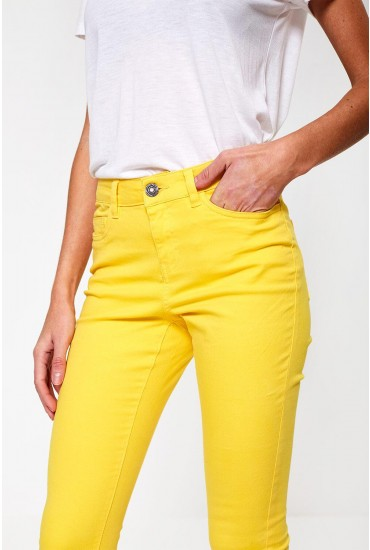 Lucy Cropped Regular Jeans in Yellow