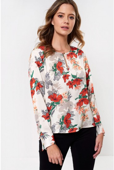 Poy Long Sleeve Floral Top in Cream