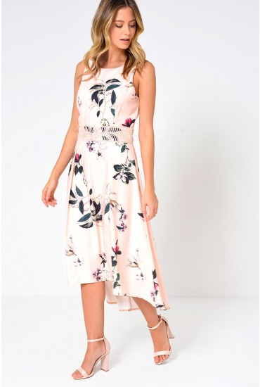 Maddie Floral Deep Hem Dress in Blush