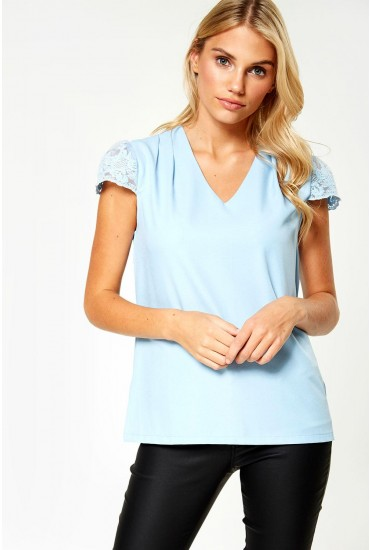 Marianne Top With Lace Sleeve in Blue