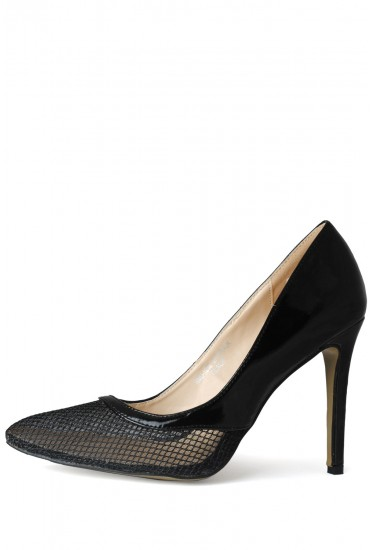 Millie Mesh Front Court Shoes in Black