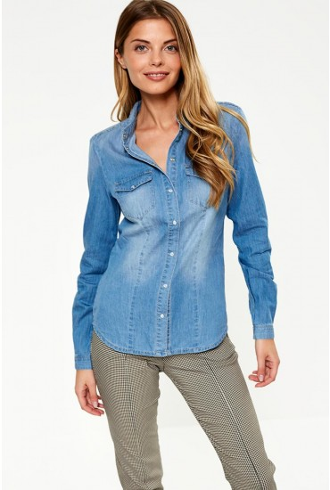 Rock It Fit Denim Shirt in Light Blue