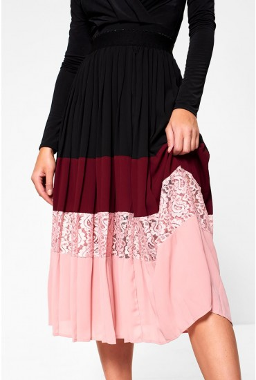 Romilla Pleated Skirt in Black