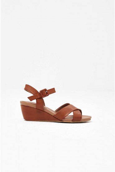 Pietra Wedges in Tan