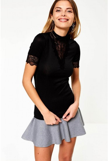 Rine Short Sleeve Top With Lace Detail in Black