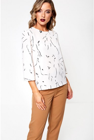 Gianna Three Quarter Sleeve Printed Top in Off White
