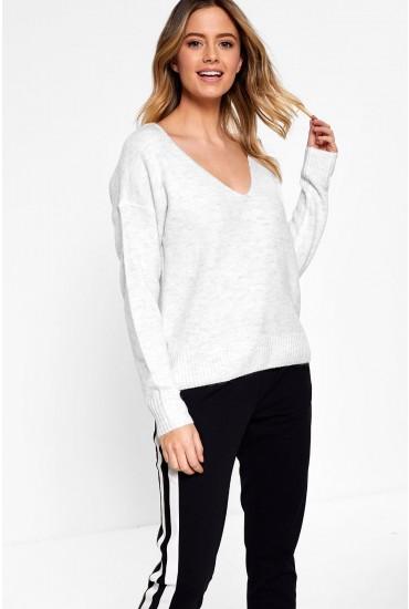 Drea V Neck Pullover in Off White