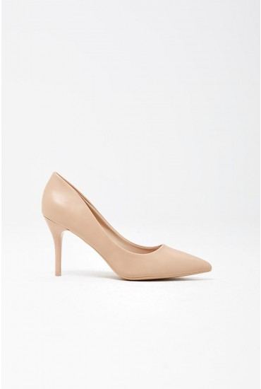 Cintia Court Shoes in Beige